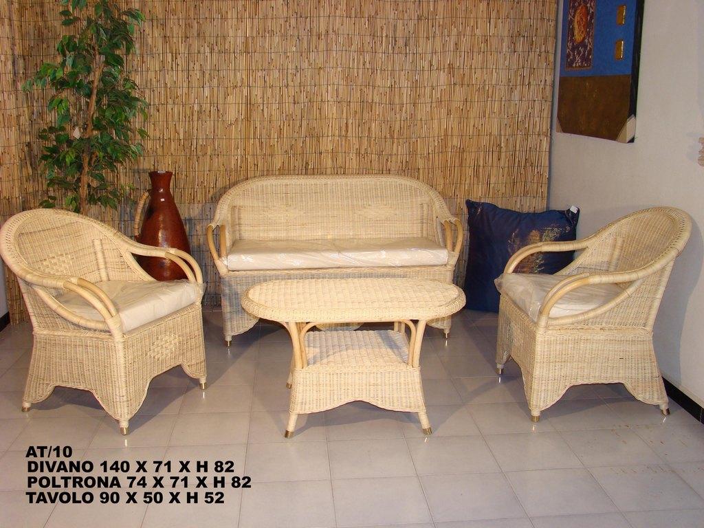Arredamento mobili salotti in rattan midollino bambu per for Salottini esterno