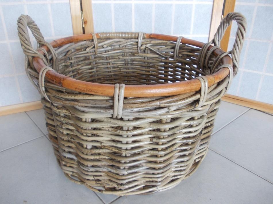 Cesti in vimini giunco porta legna camino pellet cesto legna for Cesti porta legna ikea