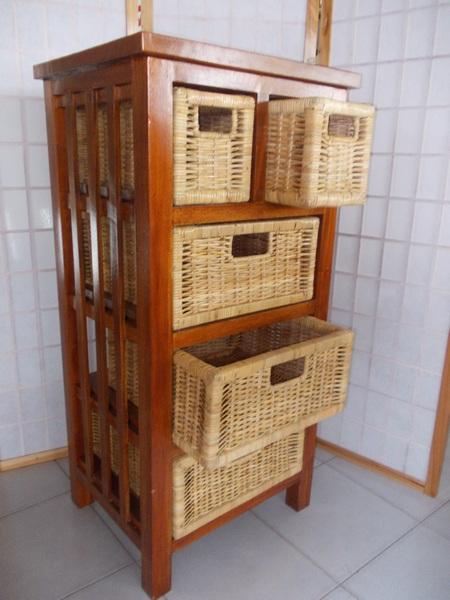 Cassettiere in rattan midollino goinco bambu arredamento for Bambu arredamento